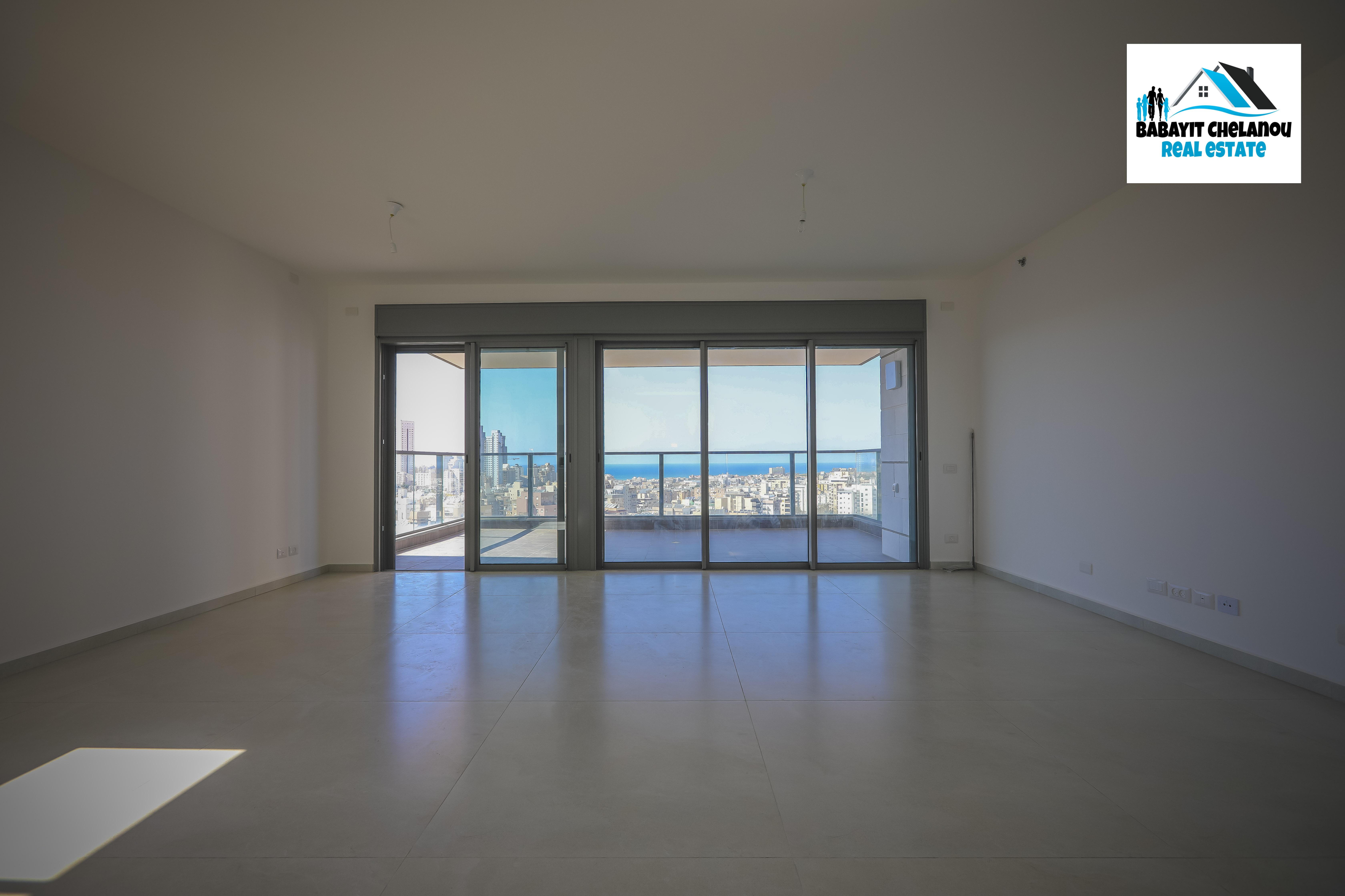 Netanya:  A vendre, Magnifique 4 pièces de 132 m2 + 25 m2 de terasse